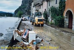 Inondation Anduze 2002 |