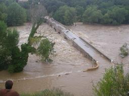 Inondation St André de Roquepertuis 2002 |